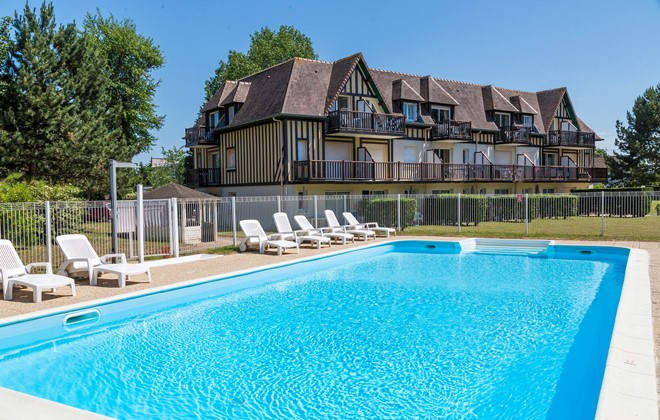 Cabourg - Odalys Residence Green Panorama : Outdoor swimming pool
