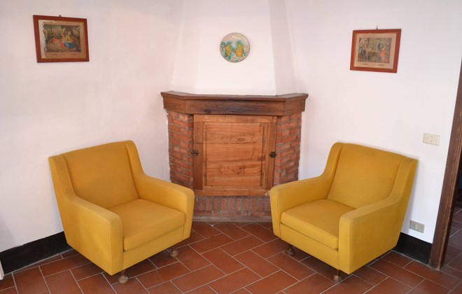 Italy - Radda in Chianti - Residence Borgo Castelvecchi : Inside accommodation