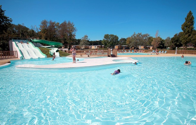Camping le vorlen beg meil fouesnant odalys for Camping de la piscine fouesnant