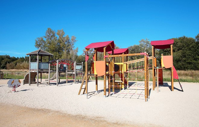 Fouesnant - Beg Meil - Odalys Camping Le Vorlen : Children's playground