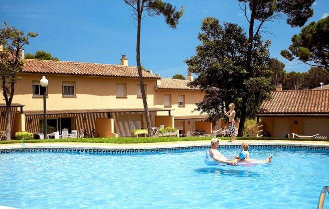Locations avec piscine gites maisons villas avec autos post for Alarme piscine home beach