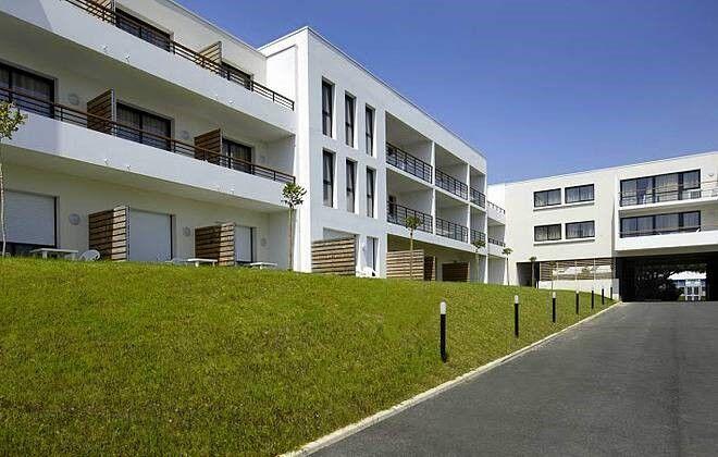 Location la rochelle appart h tel odalys archipel for Appart hotel corse