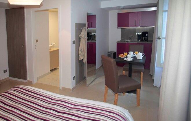 Location Dijon  Appart H U00f4tel Les Cordeliers