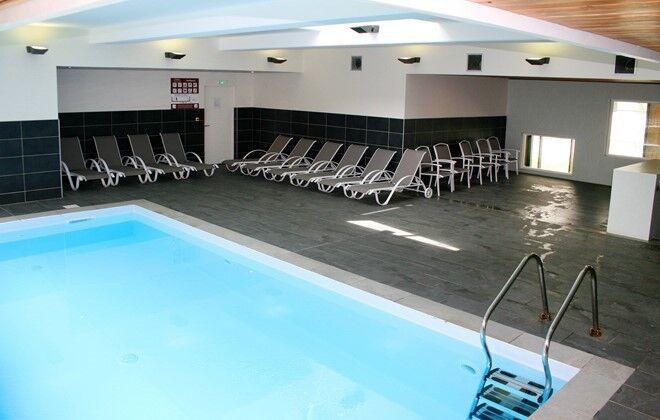d coration prix d une piscine couverte et chauffee. Black Bedroom Furniture Sets. Home Design Ideas