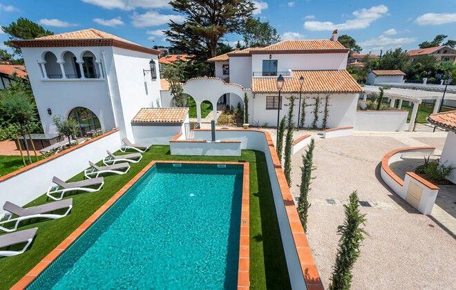 Biarritz   Odalys Prestige Residence Prestige Domaine Milady : Outdoor  Swimming Pool