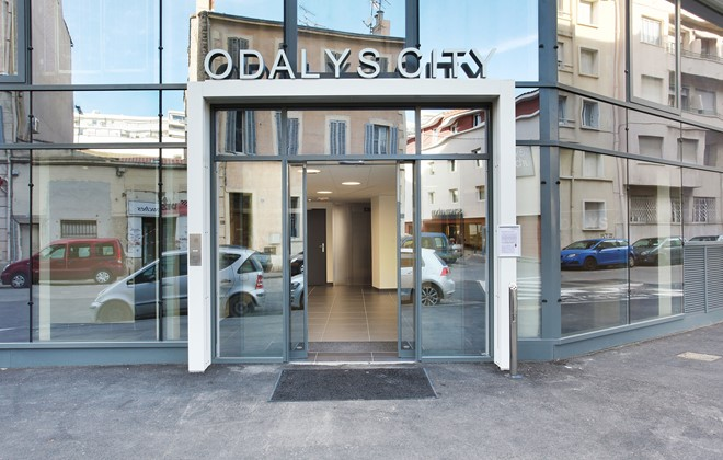 Appart h tel odalys prado castellane en location marseille for Appart hotel corse
