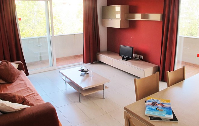 Espagne - Salou - Residence Mediterraneo : Inside of an apartment