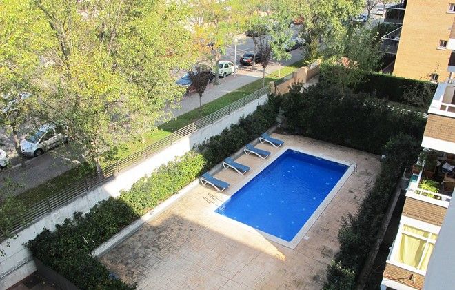 Espagne - Salou - Residence Mediterraneo : Outdoor swimming pool