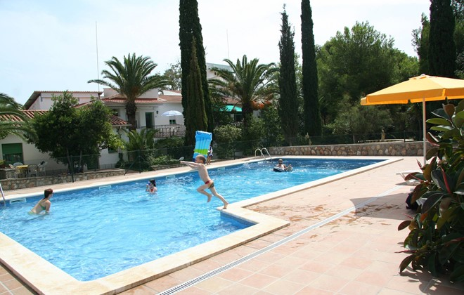 Spain - Cunit - Residence Can Torrents : Outdoor swimming pool