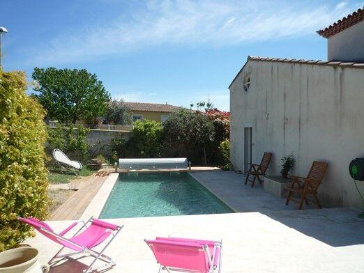 ac5748 villa avec piscine pour 8 personnes laverune dans nos villas dans lhrault location