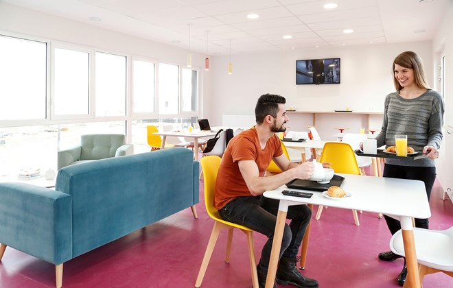 appart 39 h tel r sidence odalys metz manufacture alsace metz. Black Bedroom Furniture Sets. Home Design Ideas