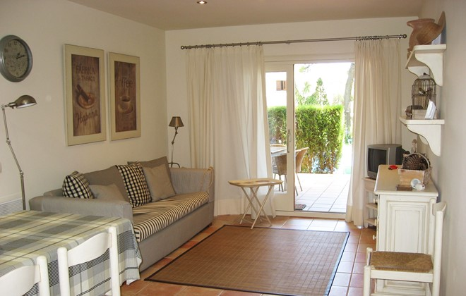 Spain - Playa de Pals - Residence Country Club : Inside accommodation