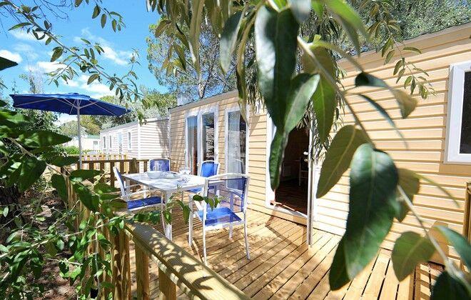 mobil homes domaine r sidentiel de plein air odalys l 39 elys e languedoc roussillon le grau du. Black Bedroom Furniture Sets. Home Design Ideas