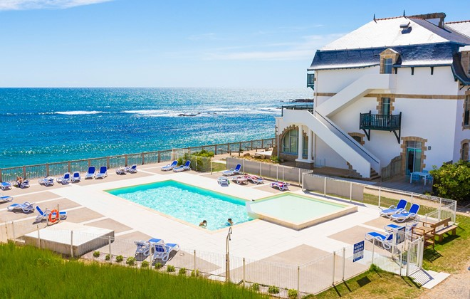 Batz sur Mer - Odalys Residence Valentin Plage : Outdoor swimming pool