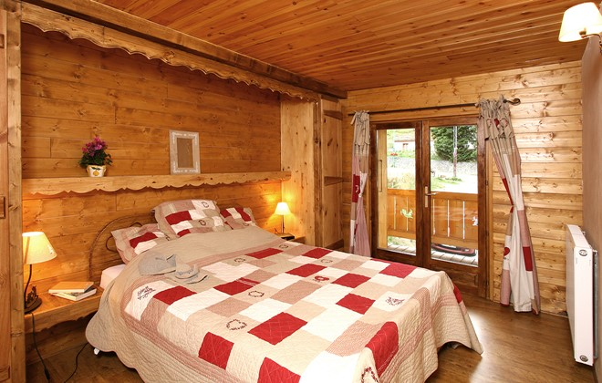 chalet de marie aux deux alpes s jour la montagne en t. Black Bedroom Furniture Sets. Home Design Ideas