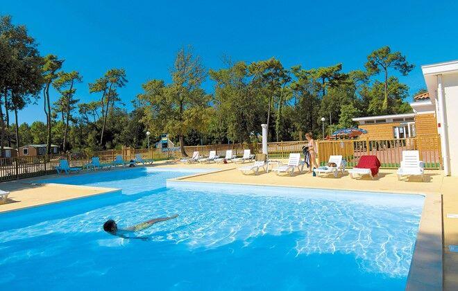 Ile Du0027Oléron   Odalys Camping Monplaisir : Outdoor Swimming Pool