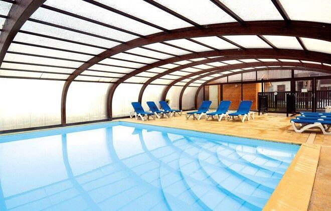 R sidence les chalets d 39 evian evian les bains vacances for Camping evian les bains avec piscine