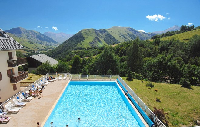 Saint Sorlin d'Arves - Odalys Residence Les Sybelles : Outdoor swimming pool