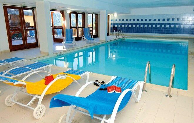 R sidence les terrasses de la bergerie orci res skiez for Orcieres piscine