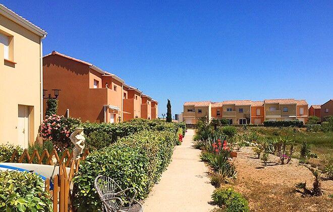 Apartment residence les jardins de v nus naturisme languedoc roussillon port leucate - Location vacance port leucate ...