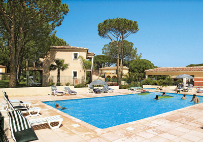 Vacation Rental Gassin - Résidence Prestige Le Clos Bonaventure : The swimming pool