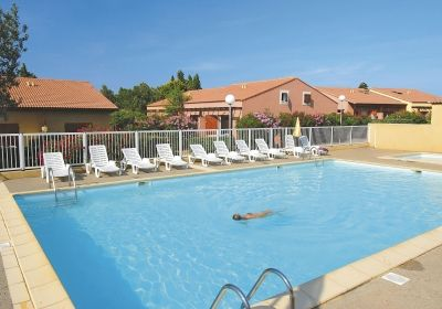 Vacation Rental Narbonne Plage - Residence Beau Soleil : the swimming pool