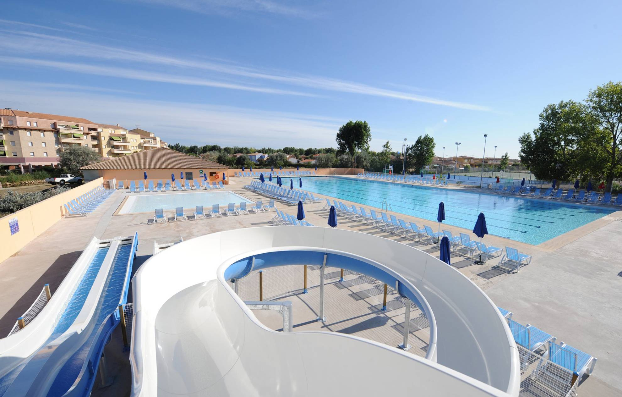 Location la mer vos vacances en bord de mer odalys - Hotel le grau du roi avec piscine ...