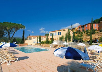 Vacation Rental Grimaud - Residence Prestige Les Bastides de Grimaud - The swimming pool