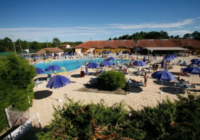 Vacation Rental Soustons Plage - Residence-club Les Villas du Lac : The swimming pool