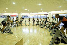 Vélo au palais des sports de l'Alpe d'Huez