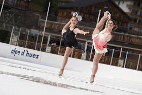 Patin à glace sur la patinoire