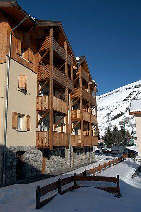 Façade extérieur de la résidence Surf des Neige aux Deux Alpes