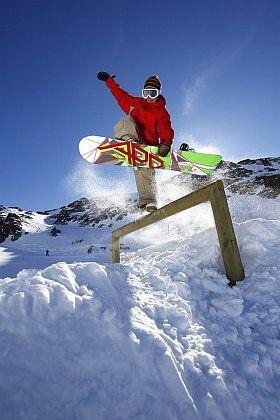 Snowboard freestyle snowpark Les Deux Alpes