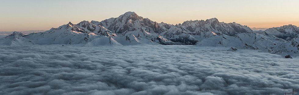 le Mont Blanc et les paysages enneigés de la Savoie
