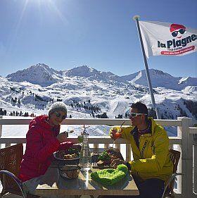 pause déjeuner en altitude à la Plagne