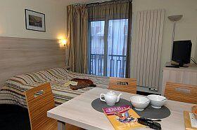 chambre d'hôtel Résidence Balnéo Aladin à Cauterets