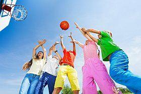 partie de basketball en vacances