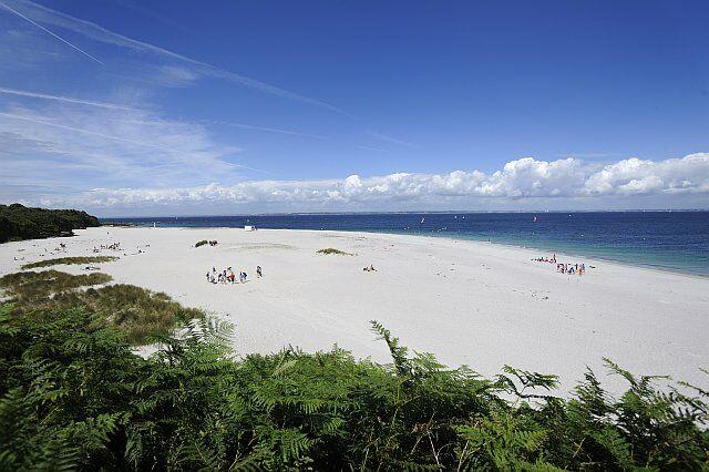 La plage convexe de l'île de Groix