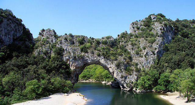 Le pont d'Arc en location vacances en Ardèche
