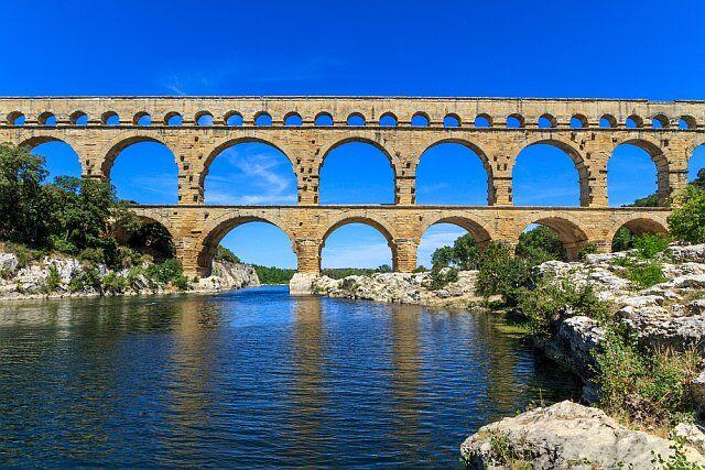 pont du gard camper en Languedoc Roussillon