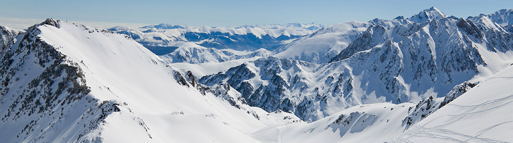 SKI PASSES - SKI RESORTS IN THE PYRENEES