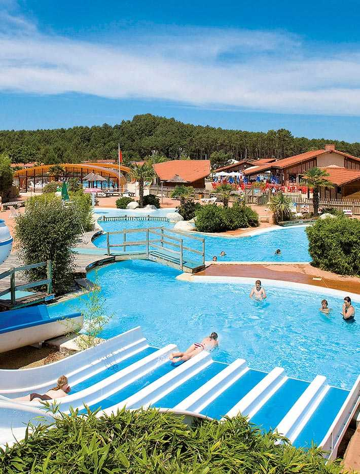 holiday rentals with water parks